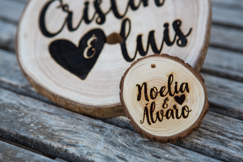 Tronco de árbol para bodas grabado a láser personalizado