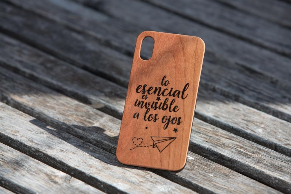 Funda de madera para iphone personalizada con grabado laser. Iphone 6 7 8 X XS Max XR