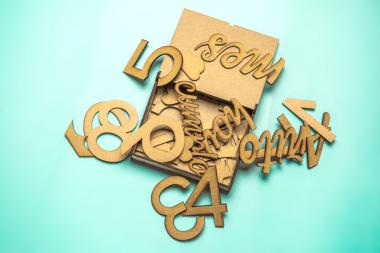 Cofre de Piezas de madera Cumplemes / Mesario autoPersonalizable