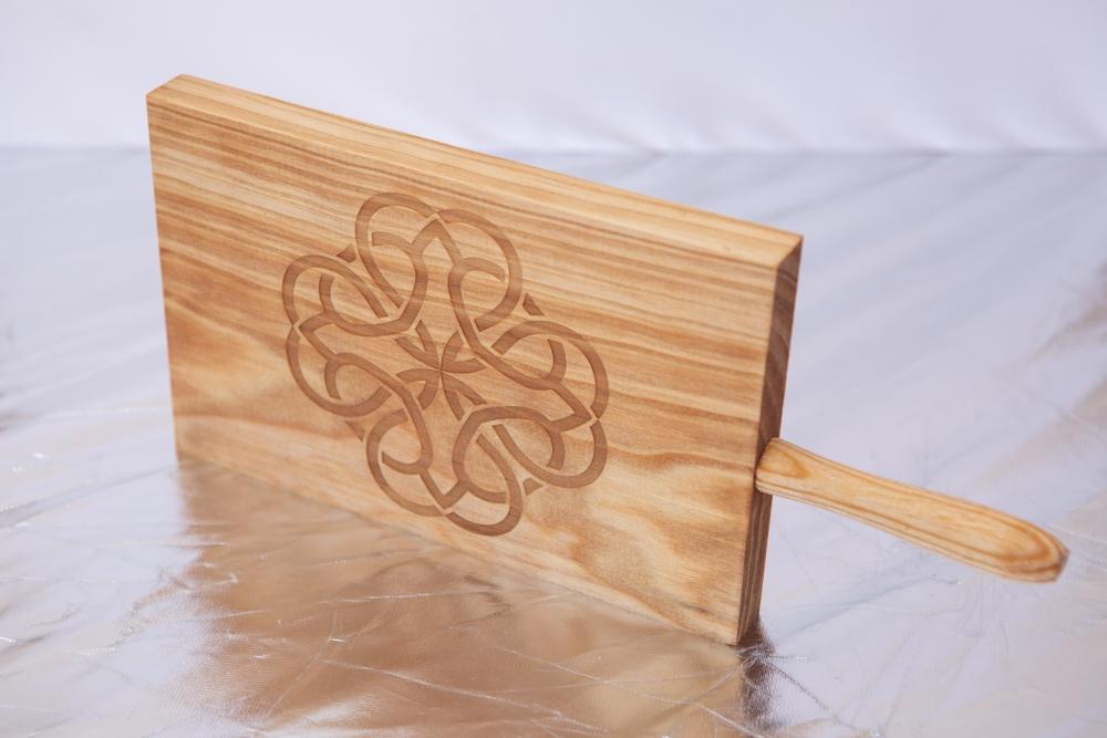 Tabla de madera corte y decoración – Mandalas espirituales